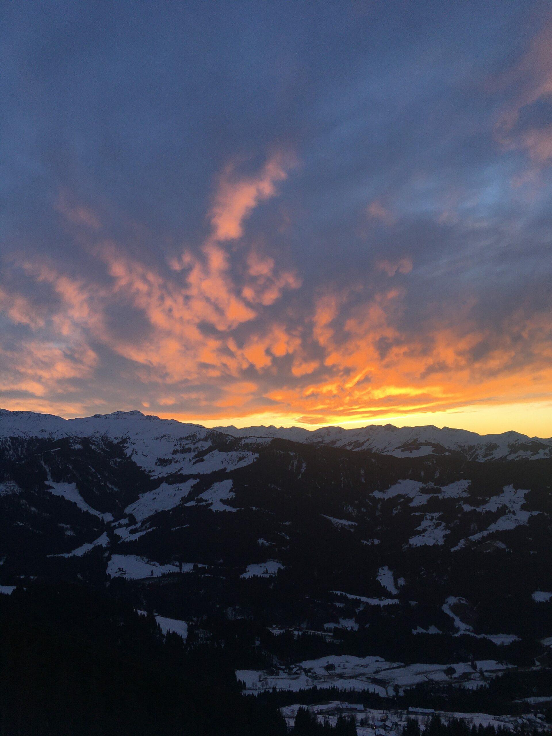 Avondzon in Westendorf tijden hut bij Alpex skitochten